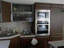 Šikovný truhlář nám navrhl skvělou funkční kuchyni