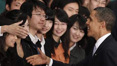 Barack Obama v Šanghaji diskutoval s univerzitními studenty (16. listopadu 2009)