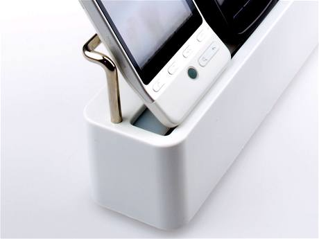 MayMax Family Charger