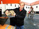 Slavnostní otevření letošního Svatomartinského vína na nádvoří zámku v Čejkovicích.