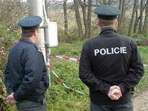 Hajany na Strakonicku po včerejším zásahu policistů proti uprchlému vězni Pavlu Tauchenovi a jeho manželce Dagmar. (12. listopadu 2009)