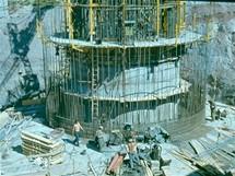 Buková hora - zahájení stavby současné věže v roce 1972