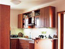 Kuchyně - Koryna nábytek, provedení fólie - se dobře udržuje