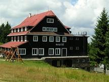 Turistická chata Portáš