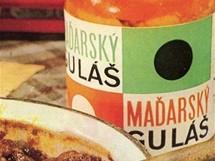 Maďarský guláš patřil ke gurmánským skvostům. Spolu s lančmítem patřil k základním potravinovým zásobám na dovolenou