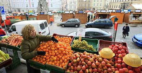 Trhovci nesmí na brněnský Zelný trh kvůli vánočním stánkům
