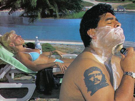 Z filmu Maradona