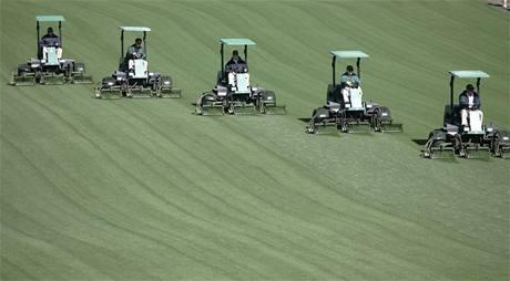 Augusta National - údržba golfového hřiště.