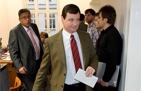 David Rath jednání v osm hodin rozpustil. (21. listopadu 2009)
