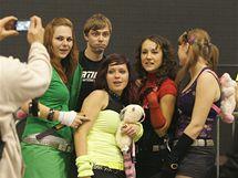 Na Apokalypse v Brně se tančilo celou noc, účastníci party se na výstavišti zdržovali i v sobotu dopoledne