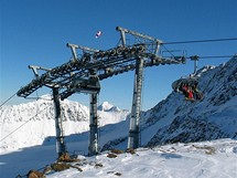 Rakousko, Stubai. Lyžuje se v nadmořské výšce 960-3210 metrů