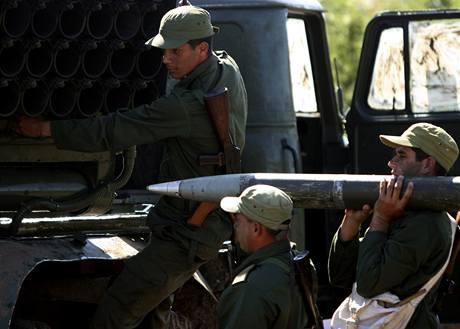 Vojenské manévry na Kubě (30. 11. 2009)