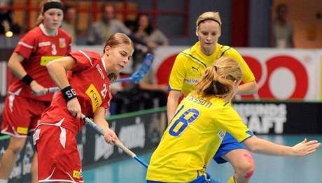 Eliška Křížová bojuje se švédskou obranou