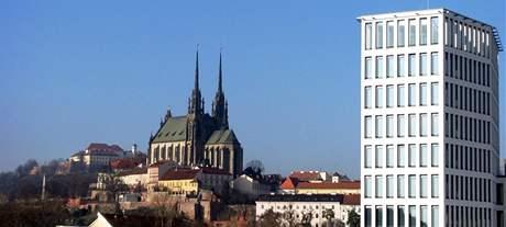 Petrov a budova Trinity v Brně