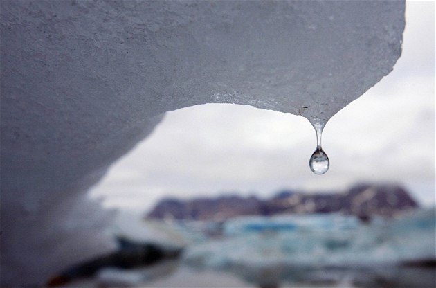 Tající ledovec na východ� Grónska