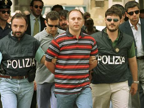 Gaspare Spatuzza při zatýkání v roce 1977