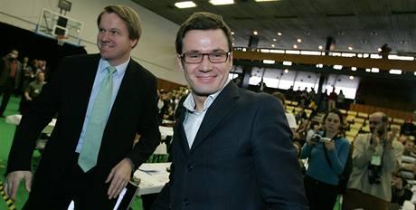 Ondřej Liška s Martinem Bursíkem na sjezdu Strany zelených (5. 12. 2009)