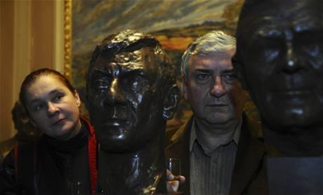 Odhalení bust Borise Rösnera a Radovana Lukavského se zúčastnila i herečka Eva Salzmannová a její kolega Miroslav Donutil