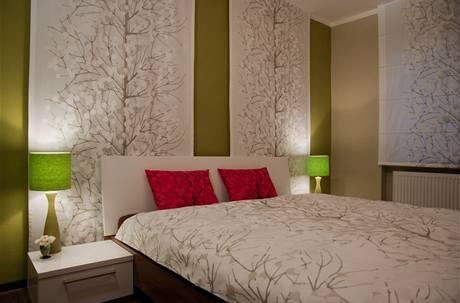 Do oddělené ložnice se opět vešla manželská postel