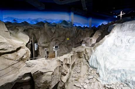I chlad Antarktidy vyžaduje dokonalou tepelnou izolaci
