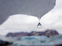 Taj�c� ledovec na v�chod� Gr�nska
