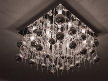 Do obou pokojů designéři koupili nová a velmi originální svítidla