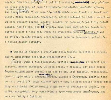 U Jakeše 19. prosince 1989. Přepis rozhovoru, který s M. Jakešem pořídili tehdejší studenti žurnalistiky.