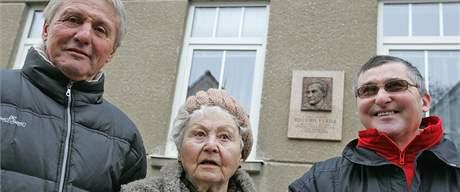 Fotbalista, hokejista a trenér Eduard Farda dostal v Brně pamětní desku