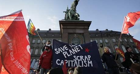 Manifestace za přijetí nové emisní dohody v dánské Kodani.