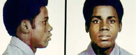 James Bain na policejním snímku z roku 1974.