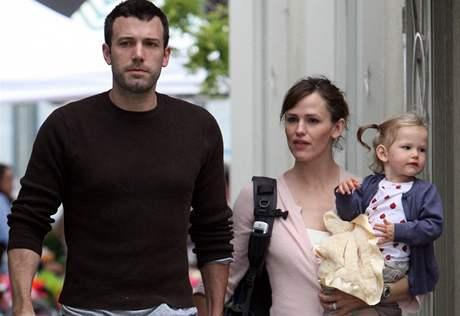 Ben Affleck s manželkou Jennifer Garnerovou a dcerou Vilolet