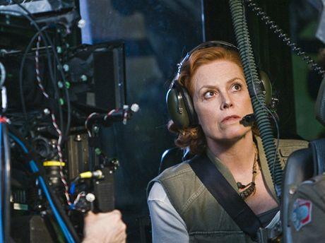 Herečka Sigourney Weaverová při natáčení sci-fi Avatar