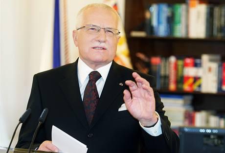 Země se podle prezidenta Václava Klause nachází v nejhlubší krizi od vzniku samostatné České republiky. O pokles ekonomiky se podle něj musí podělit všechny skupiny obyvatelstva.
