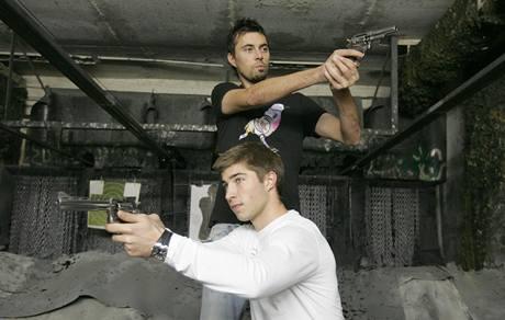 Olomoučtí fotbalisté Michal Ordoš (nahoře) a Pavel Šultes.
