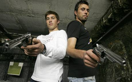 Olomoučtí fotbalisté Michal Ordoš (vpravo) a Pavel Šultes.