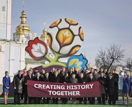 Představení loga fotbalového mistrovství Evropy 2012