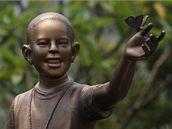 V indonéské Jakartě vztyčili sochu zobrazující desetiletého Baracka Obamu (9. prosince 2009)