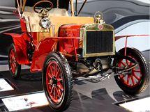 Spíš kočár než skutečné auto: tohle vozidlo, sestrojené v 80. letech 19. století Karlem Friedrichem Benzem, ohlásilo start automobilového věku.