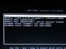GRUB - výběr systému k bootování (při instalaci do samostatného diskového oddílu)