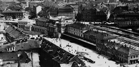 Hlavní nádraží v Brně - fotografie z třicátých let