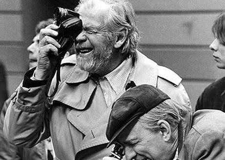 Ingmar Bergman při natáčení filmu Fanny a Alexander v roce 1981