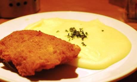 Restaurace Veselá Vačice: polední menu, Cordon bleu