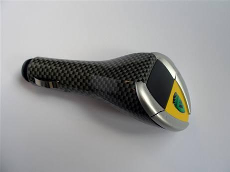 Přístroj který změní zvuk otáček vašeho motoru