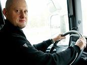 Redaktor MF DNES vyzkoušel, jaké to je za volantem kamionu
