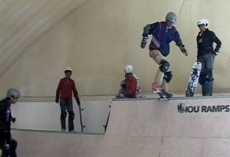Nový skatepark v afghánské metropoli Kábulu (29. prosince 2009)