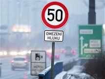 Na magistrále už jsou připravené značky přikazující sníženou rychlost. Ve skutečnosti se musí dodržovat ale až od 1. ledna 2010 (30. prosince 2009)