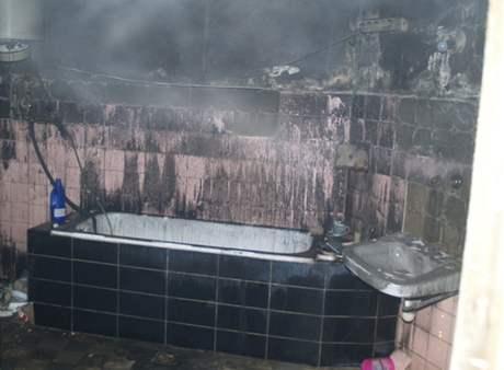 Požár domu na rohu ulic Milady Horákové a Koliště