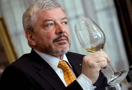 Co skutečně pozná - Vladimír Železný se staví za znalce vína ; ilustrační foto