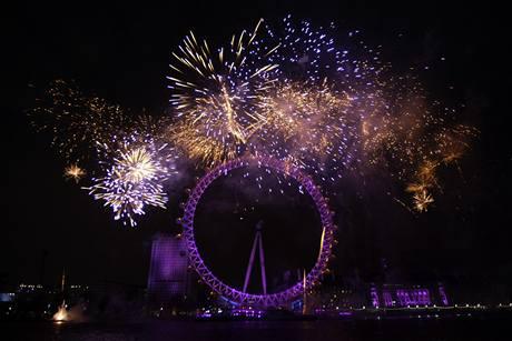 V Londýně slavili lidé u známého London Eye (Londýnské oko)
