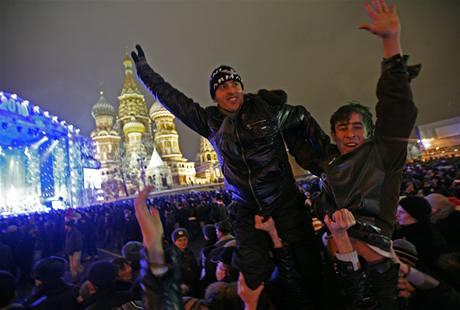 V Rusku vyšly do ulic statisíce lidí